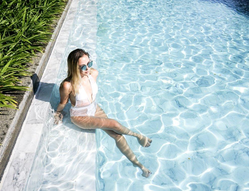 Beach city sunnies & swimsuit